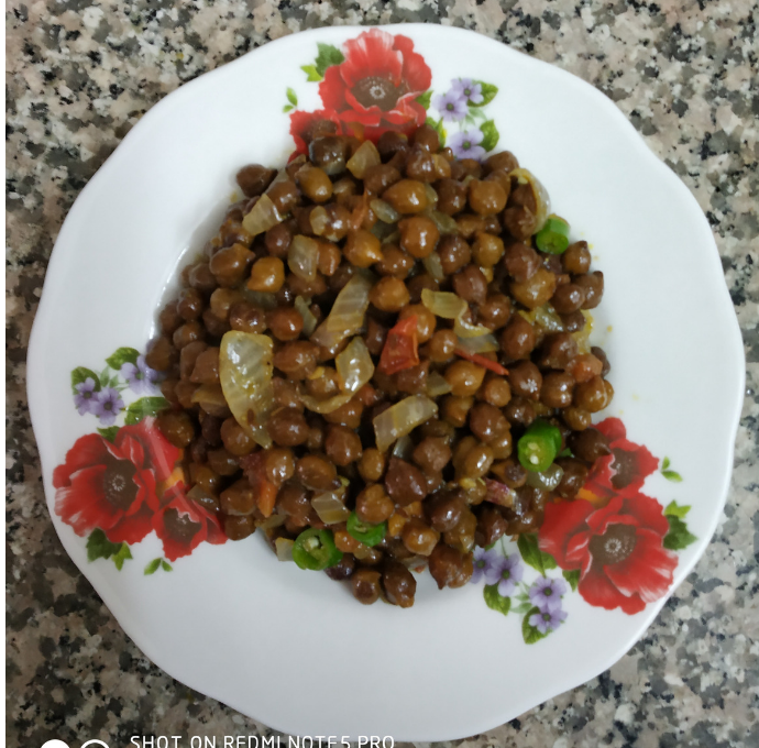 Masala Chana recipe or Spicy Black Chickpeas
